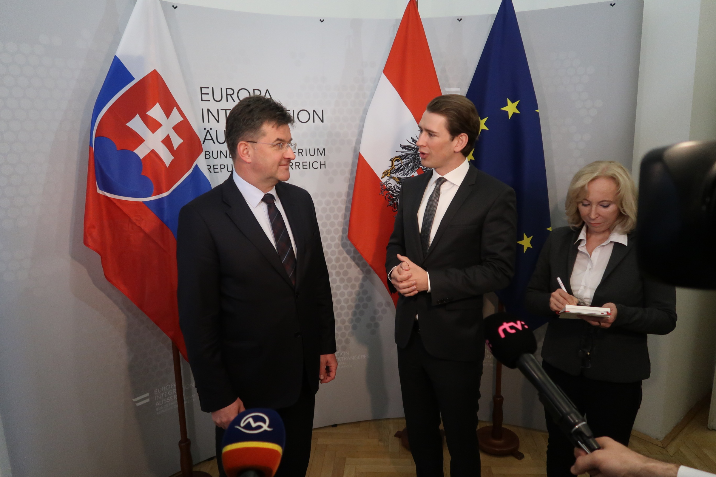 Minister Lajčák and Austrian Minister Kurz discuss Brexit, OSCE presidency and bilateral issues in Vienna