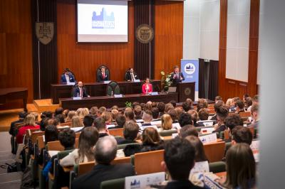 Minister Lajčák Talks to High School Students about the Role of the UN in Today's World